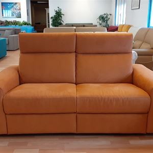 divano moderno schienale recliner
